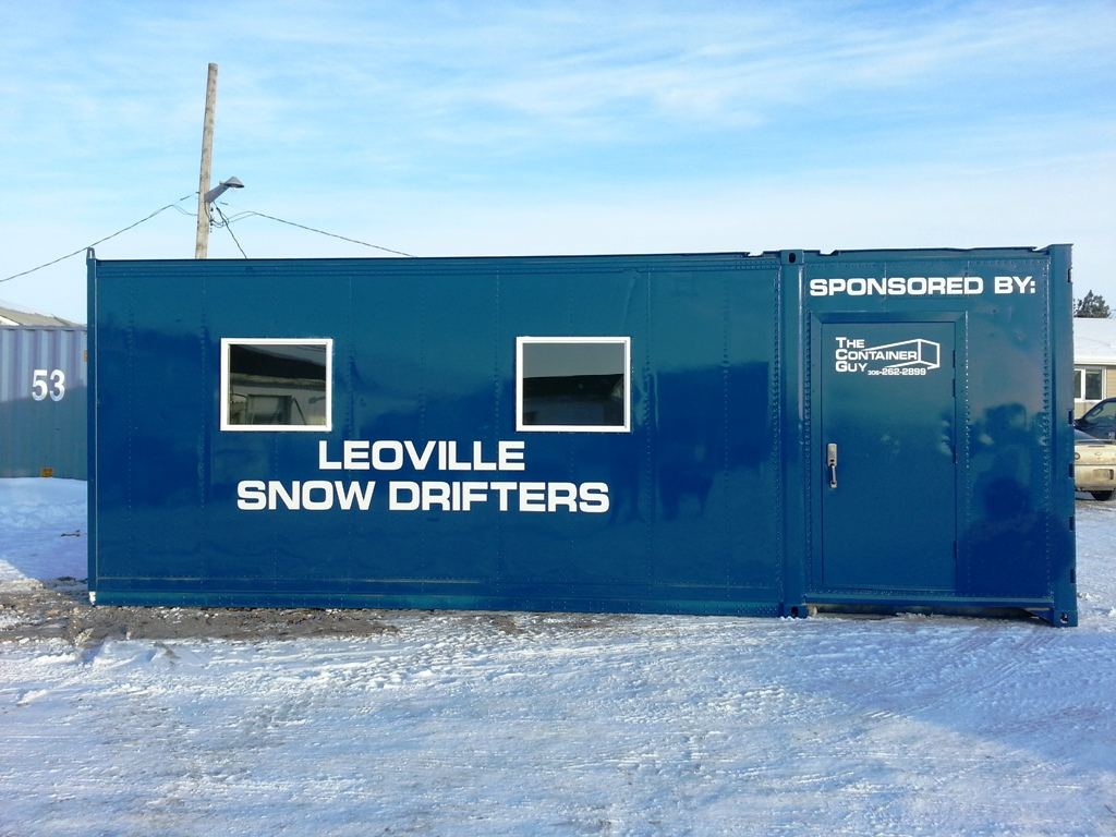 Snowmobile Warm Up Shack (2)