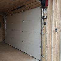 14 ft Insulated Overhead Door in 20 HC Interior